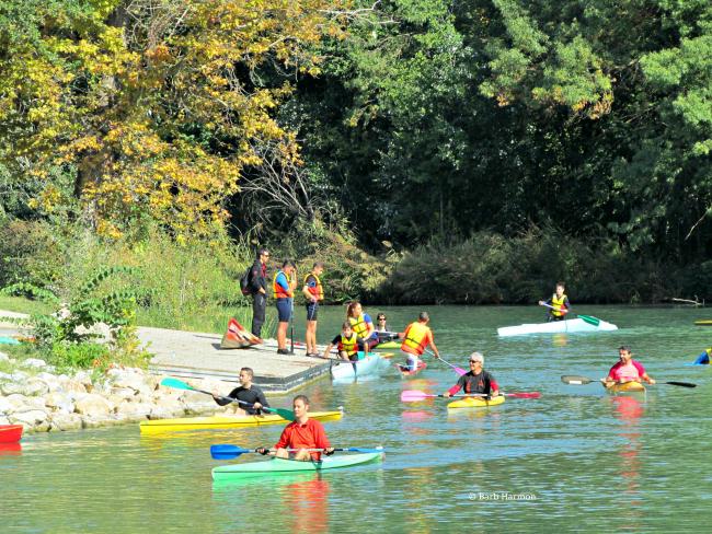 Kayaks on the Tagus river