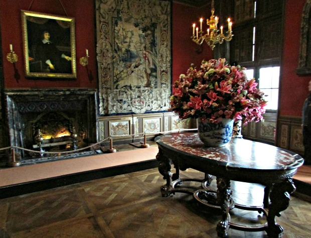 Original marble table owned by Fouquet