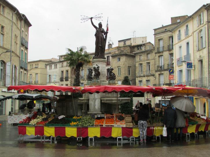Market day in Pézenas